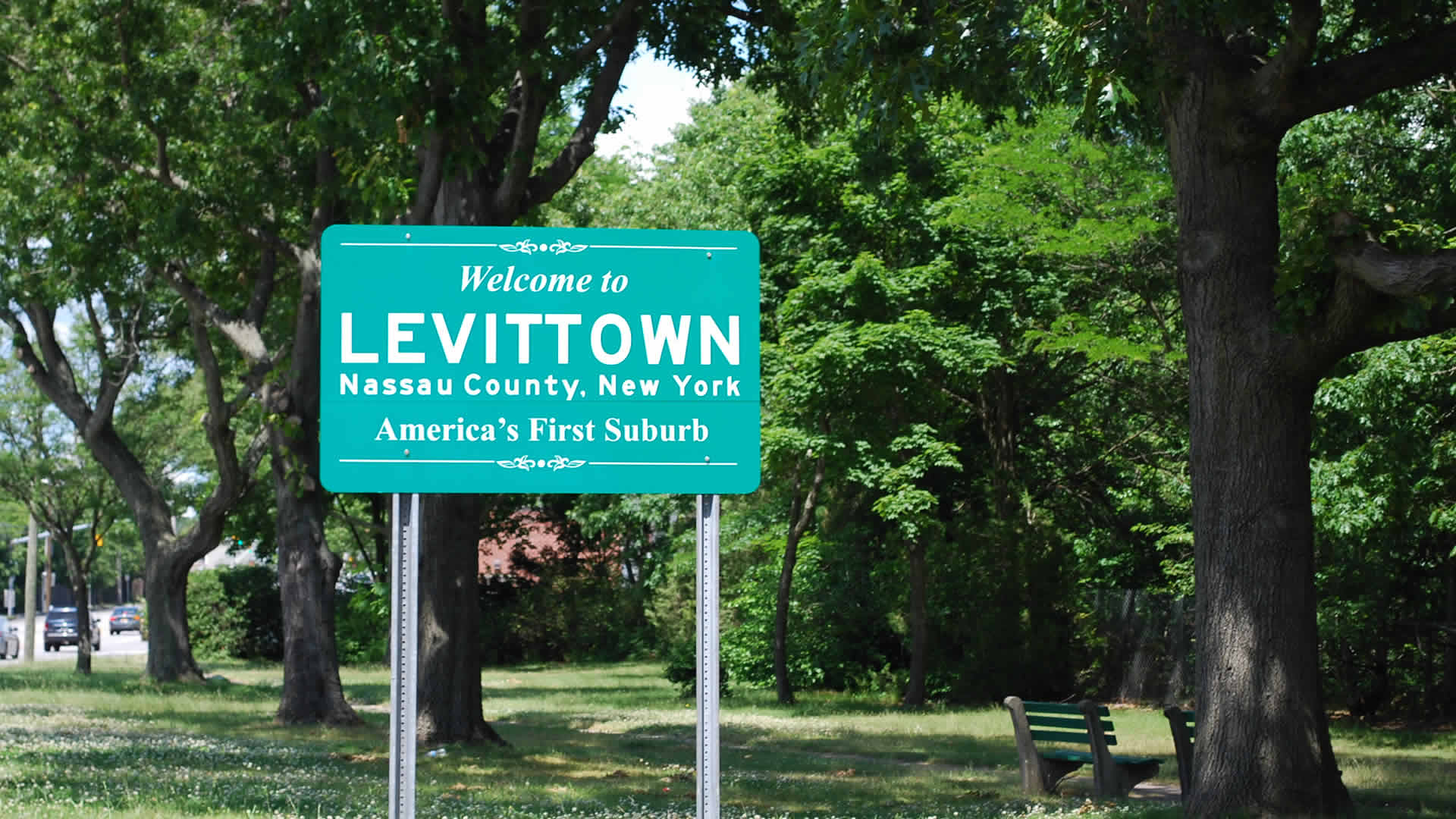 Levittown Welcome Sign